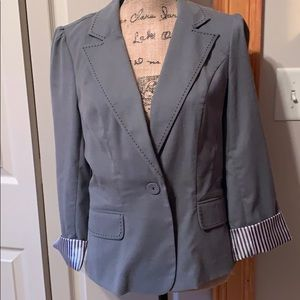 Gray blazer size XL super cute would from Candies